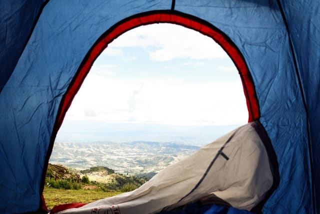 ventilated tent